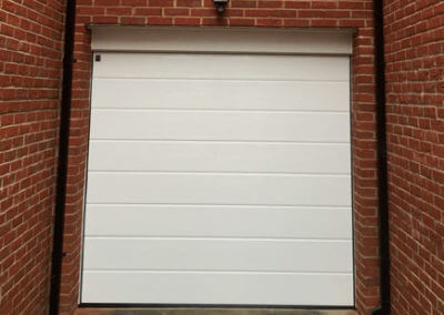 Hormann - LPU42 M ribbed sectional door